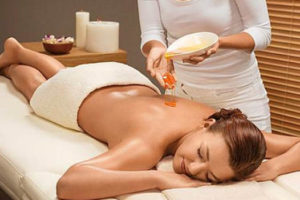 Центр массажа - Медовый массаж