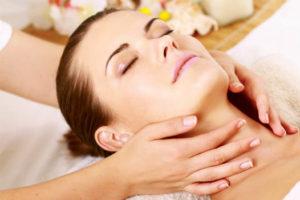 Центр массажа - Массаж лица против морщин